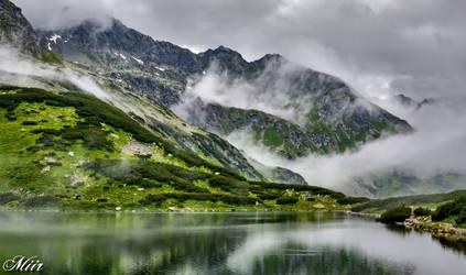 Mountain pond by miirex