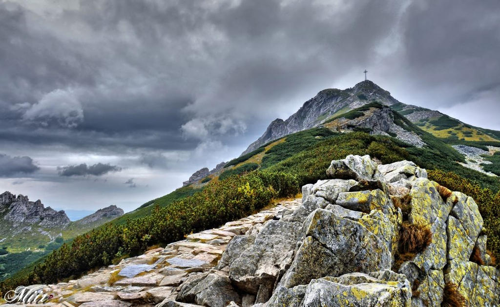 Mountains - Tatry - Giewont by miirex