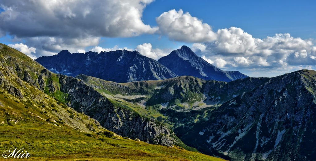 Mountains - Tatry on a sunny day by miirex