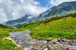 Mountains - Green valley