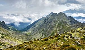Mountain peak .