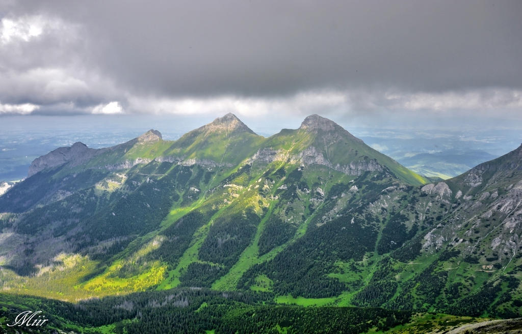 Mountains - Belianske Tatry by miirex