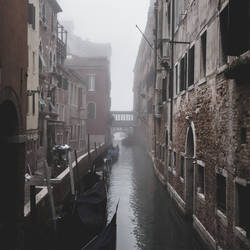 Foggy morning in the Venice canals