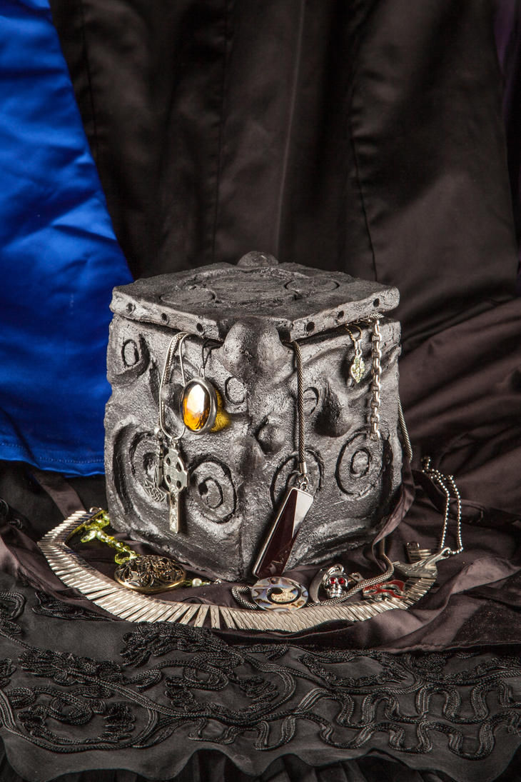 Gallifreyan Jewelry Box Reboot by Tiirabird