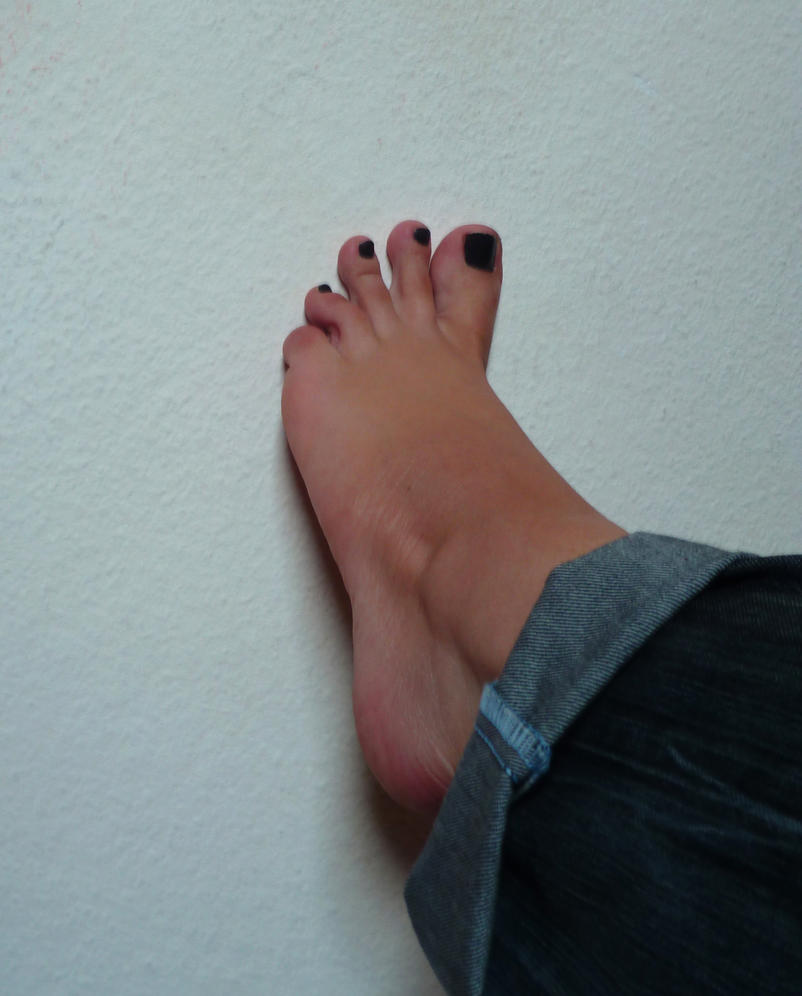 Black Nail Polish Foot