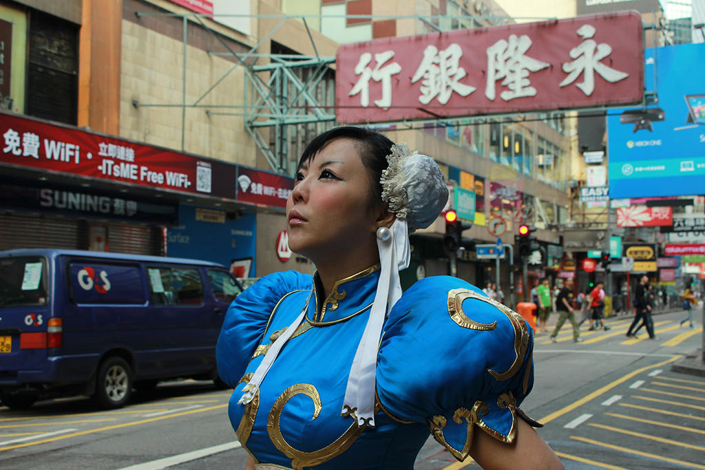 Chun-Li Cosplay photograph by Elin-Kuzunoha