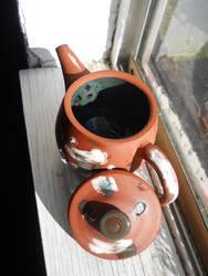 Navajo Teapot with Slip and Glaze (Inside)