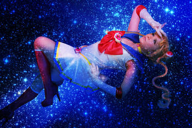 Super Sailor moon on the galaxy by Dedliz