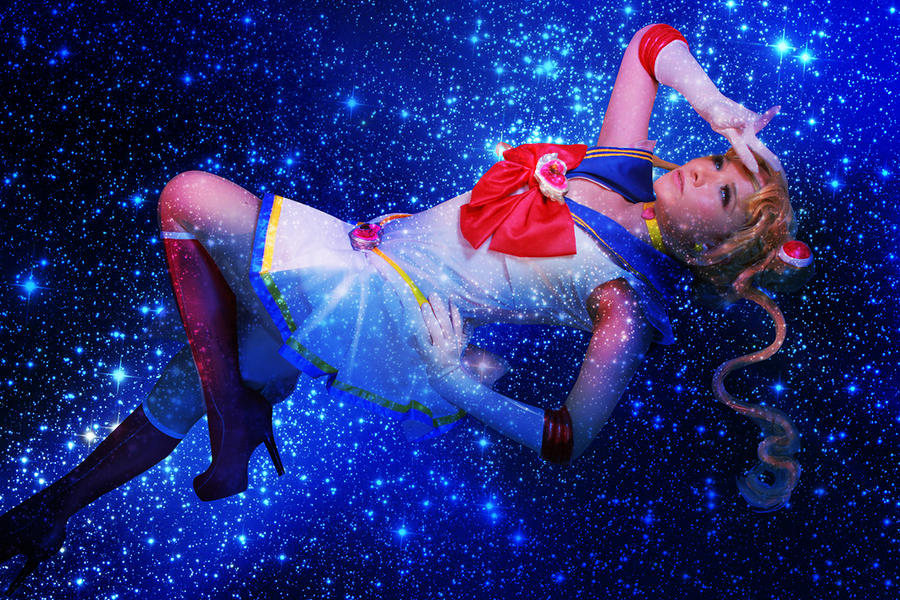 Super Sailor moon on the galaxy by Dedliz