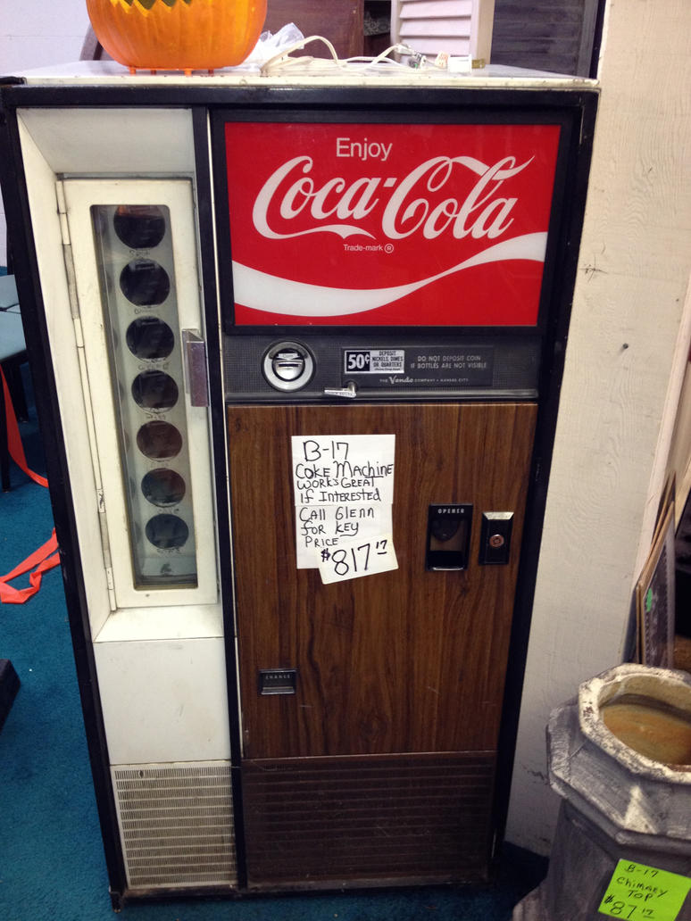 old Coke machine by JamestheRedEngine91