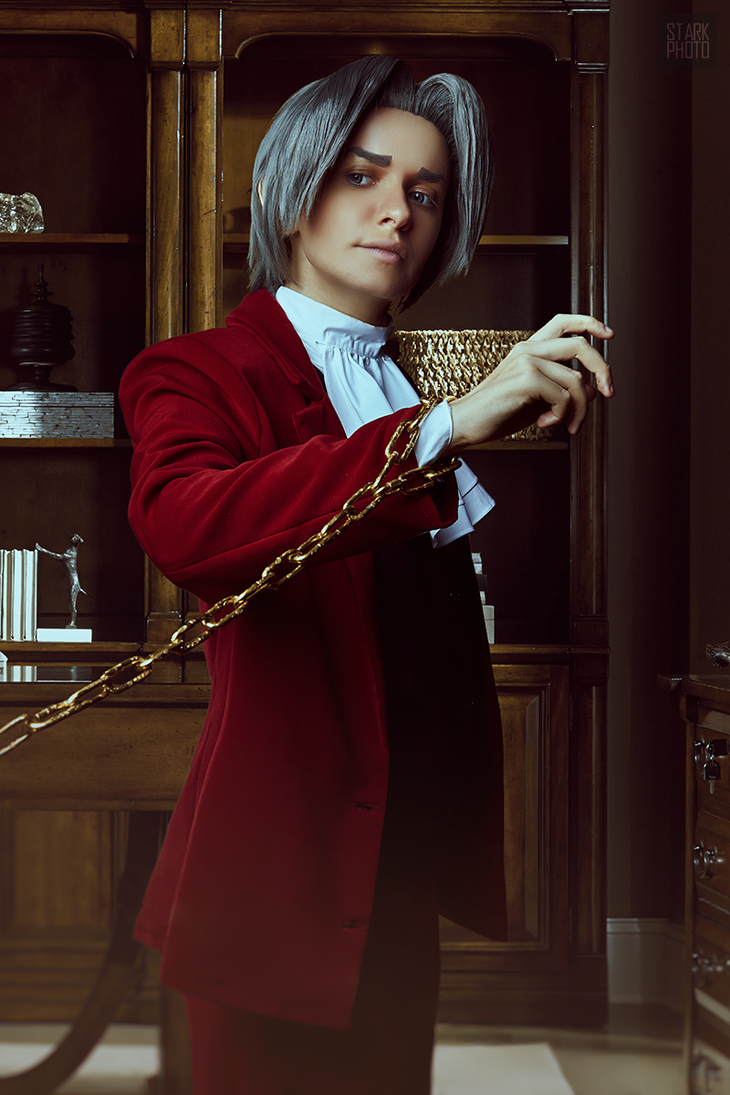 Miles Edgeworth cosplay [11/13] by Jehan-Lavellan