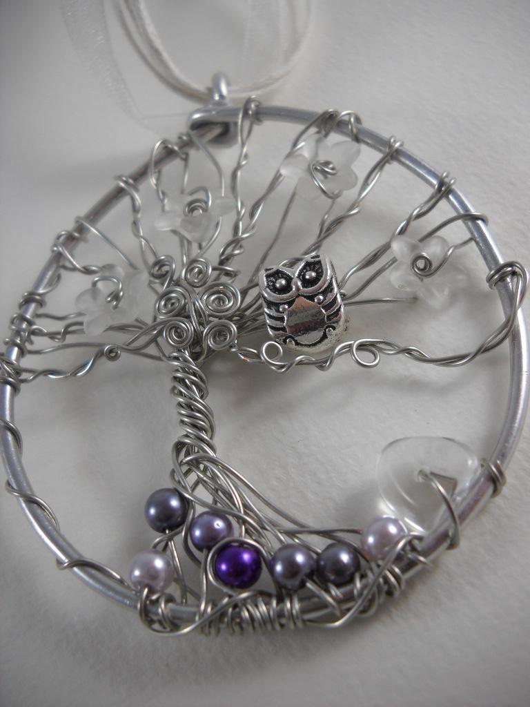 Quels sont vos pendentifs? Untitled_by_arbre_lune-d87tzet