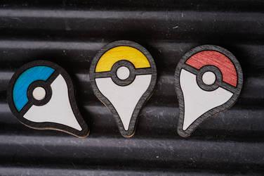 Pokemon GO plus style pin badge by bassqee