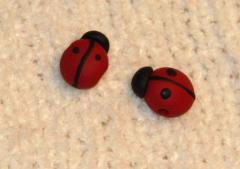 Ladybug beads by KRSdeviations