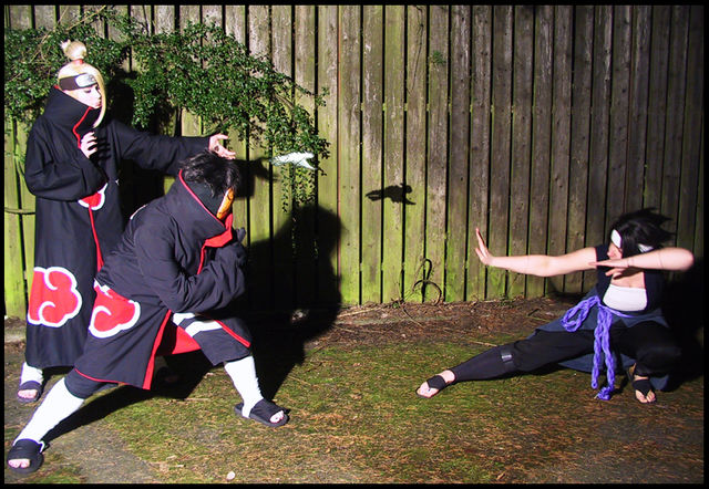 http://fc01.deviantart.net/fs28/f/2009/254/b/5/Deidara_and_Tobi_vs_Sasuke_by_SushiNaruto.jpg