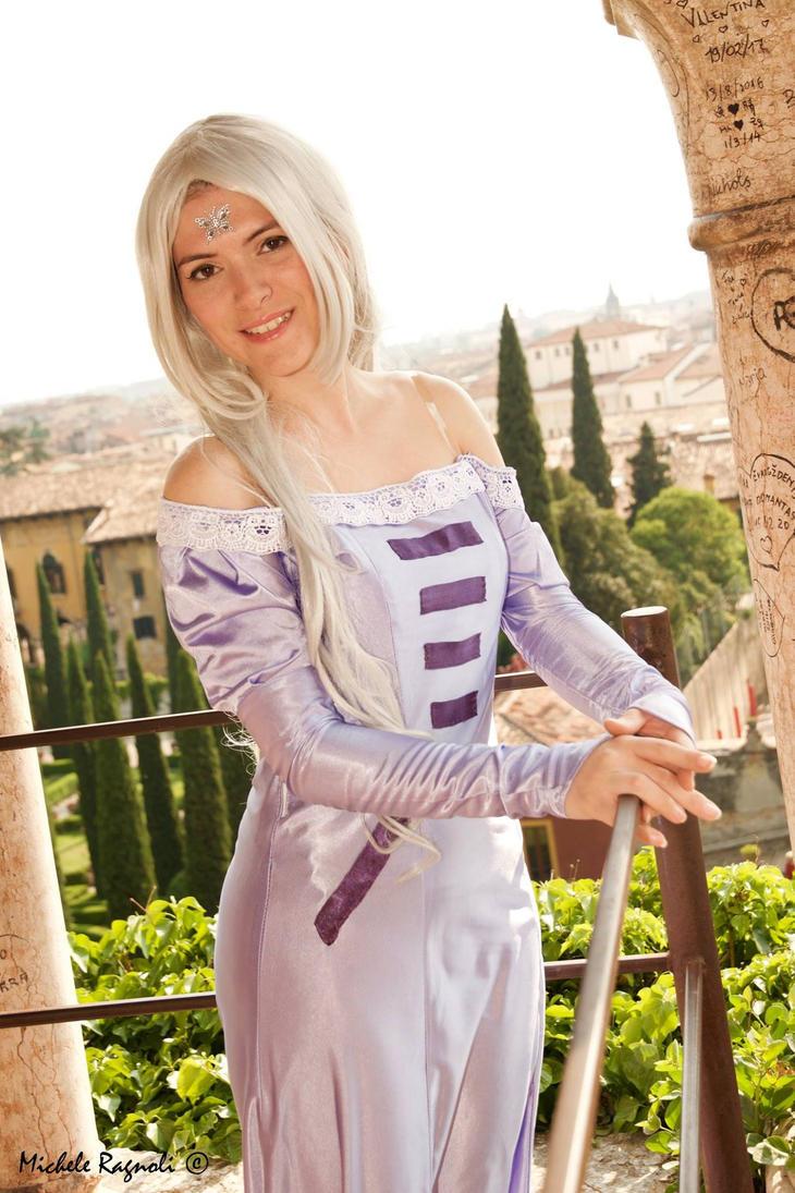 Lady Amalthera by Menestrella