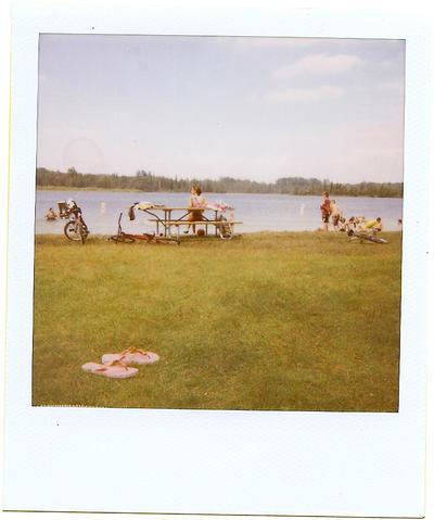 Summertime. by lustdrunk