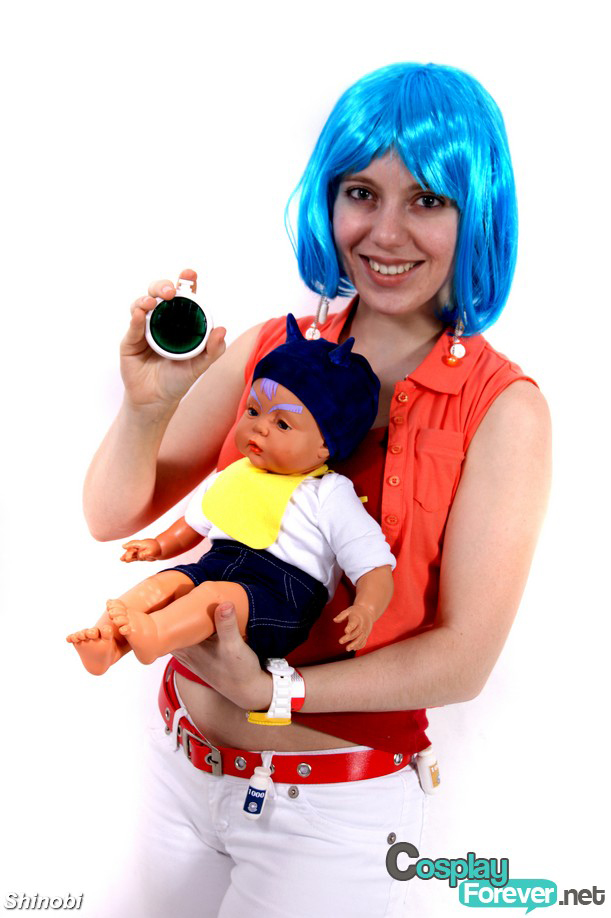Bulma and baby Trunks Cosplay by 13paulis