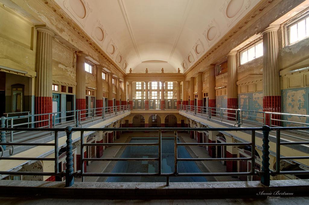 Bath of Silence by Annie-Bertram