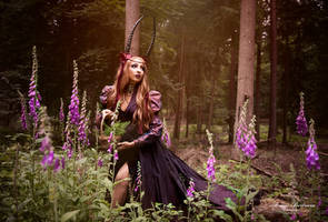 Faerie of the foxgloves