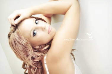 Retouch (Maddy)