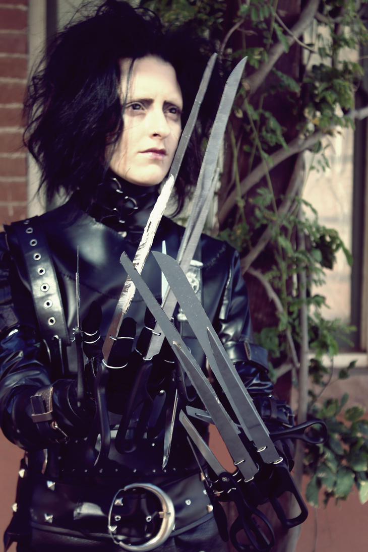 Edward Scissorhands Cosplay by TheSinisterLove