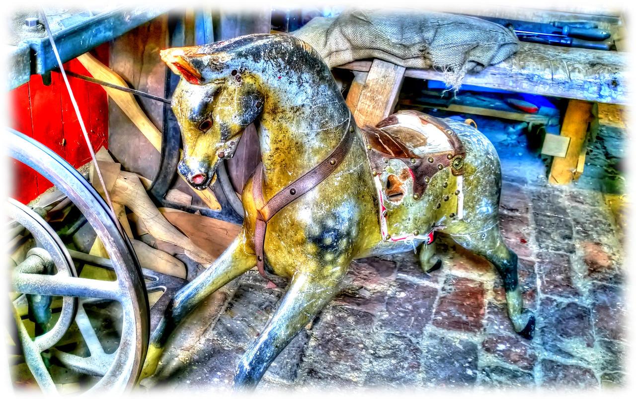 Horse wooden by mikestevenson1955