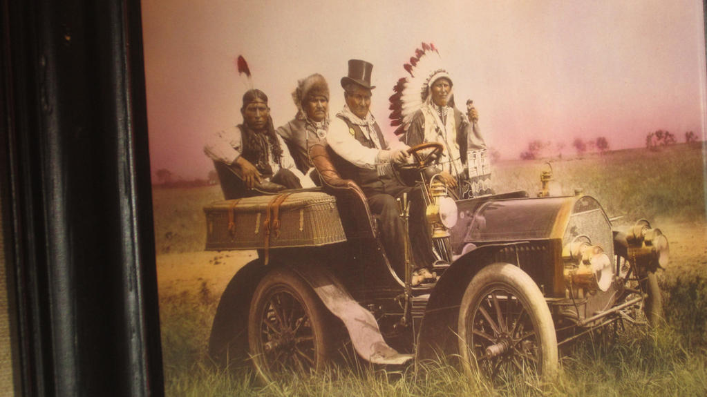 AMERICAN WEST PERFORMERS.1900'S.BLACKHAWK MUSEUM