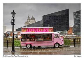 Pink Donut van Liverpool HDR rld 01 dasm