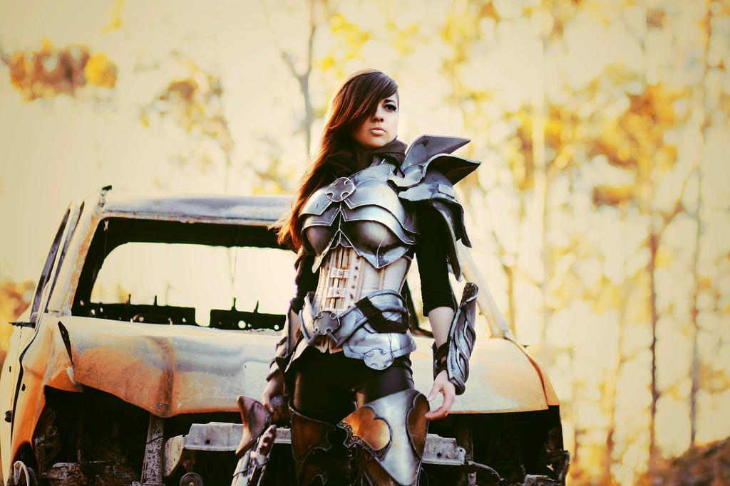 Diablo III DEMON HUNTER by juliadavis