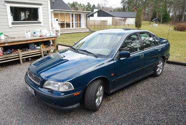 S40 front