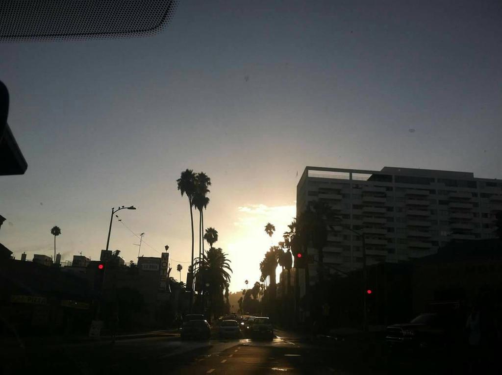 LA Sunset by tlcestlavie