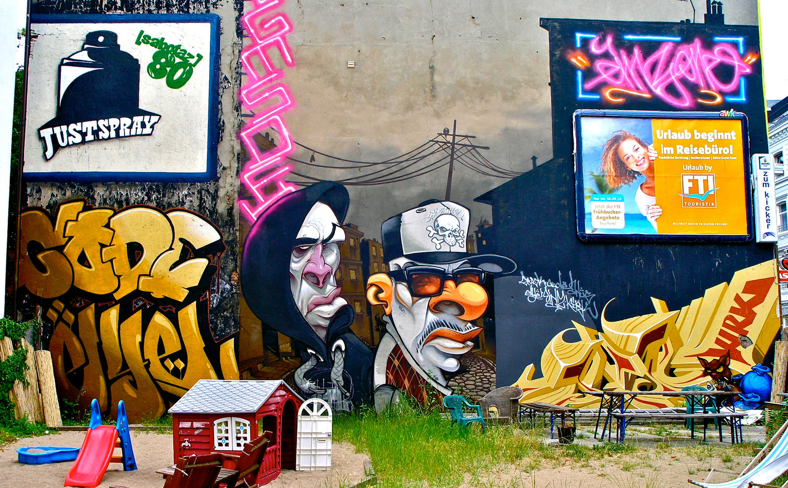 Graffiti 263 by cmdpirxII