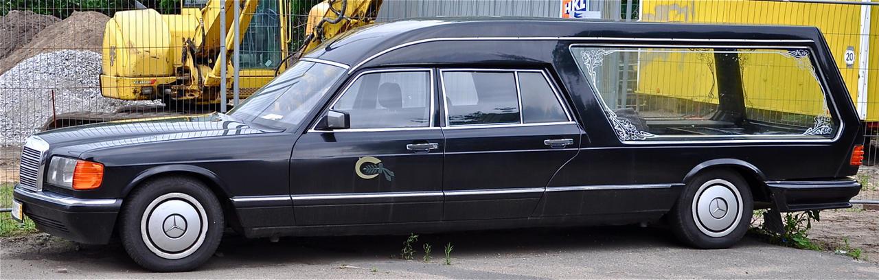 Mercedesbenz hearse by cmdpirxii on deviantart for Mercedes benz hearse