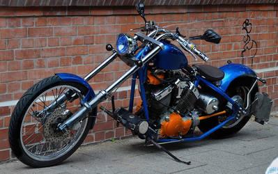 Blue/Orange Custom Bike by cmdpirxII