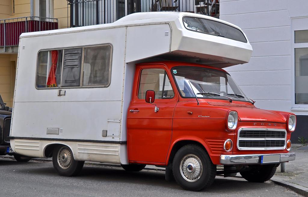 ford transit camper by cmdpirxii on deviantart. Black Bedroom Furniture Sets. Home Design Ideas