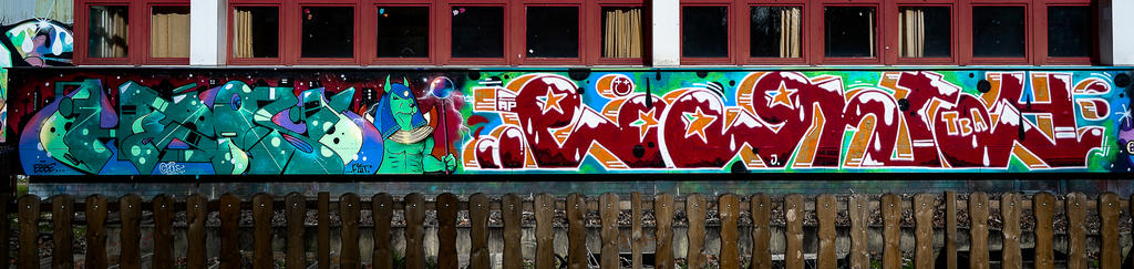 Graffiti 4557 by cmdpirxII