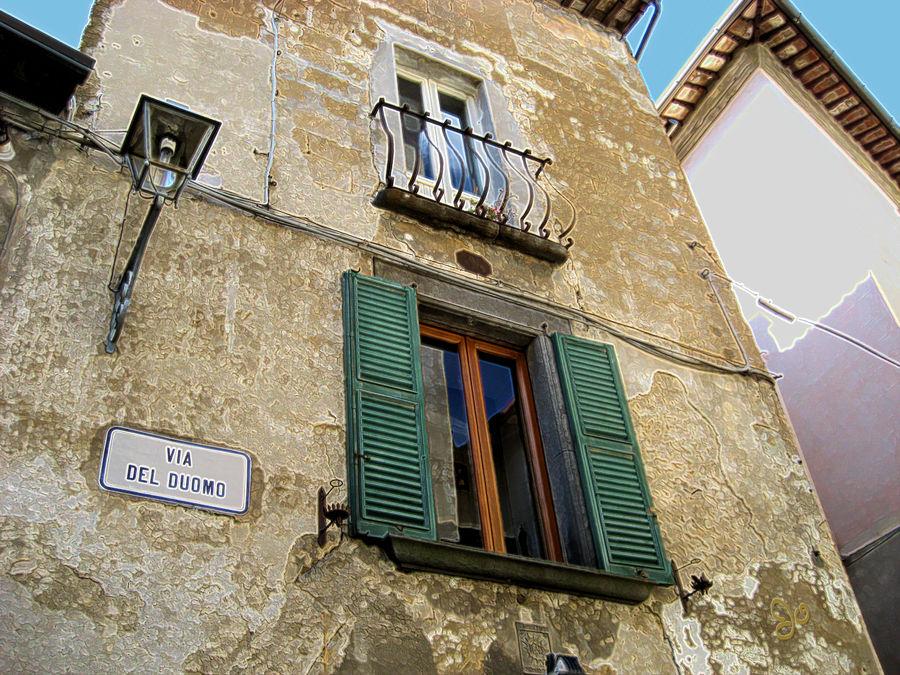 Via Del Duomo Layered