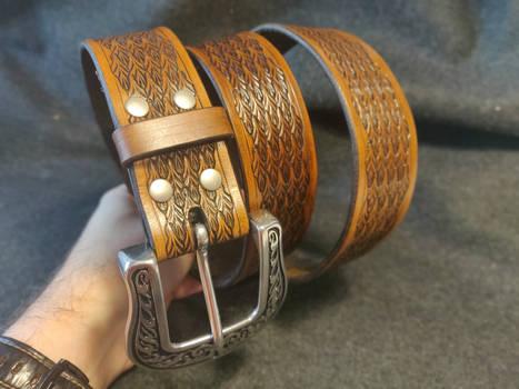 Arrow pattern belt brown #1