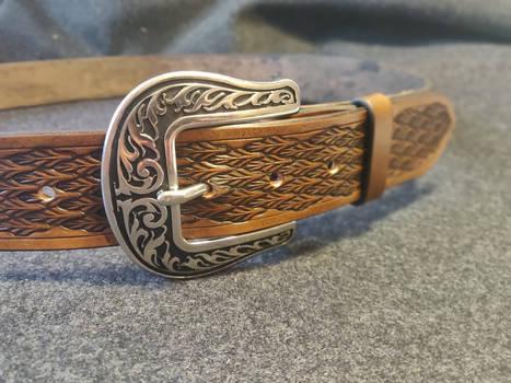 Arrow pattern belt brown #2