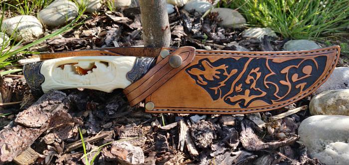 Knife sheath wolf motif #1