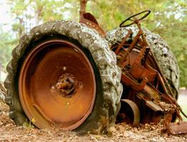 Dead Tractor by jbillitteri