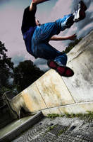 Parkour .1 by Turdidae