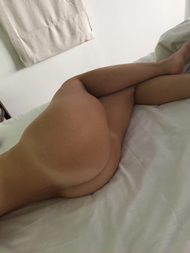 New Sexy Selfie 002 by SaraKawaiiNerd
