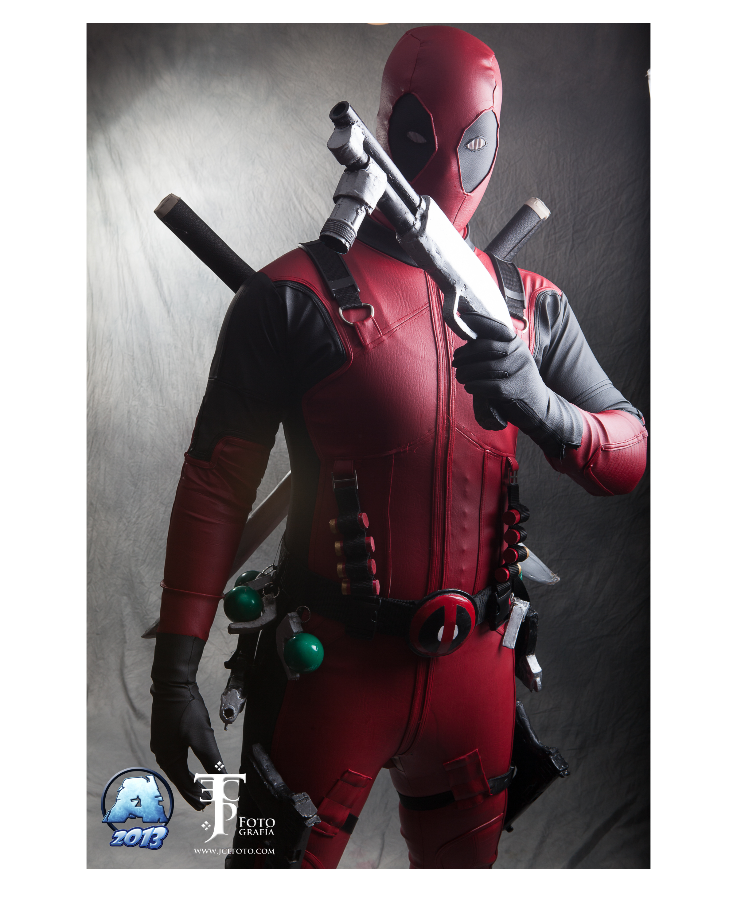 deadpool cosplay by xcomve on DeviantArt