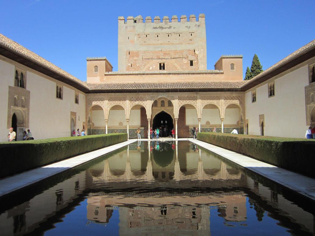 La Alhambra By Dreamfutureais On Deviantart