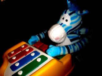 play that piano zD by kawaiixoxsmiles