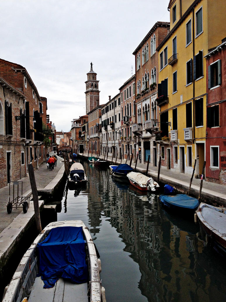 Colorful Canal by Vickerooni