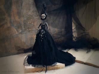 Midnight: The Dark Beauty art doll by LellecoShop