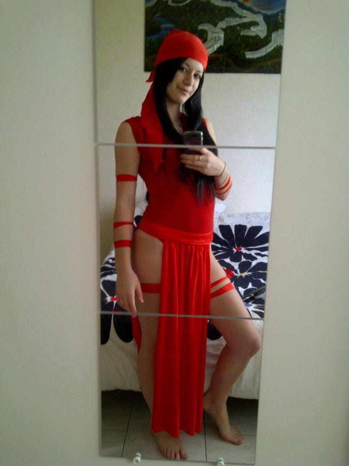 Garner and Marvel Cosplay Elektra Marvel Costume